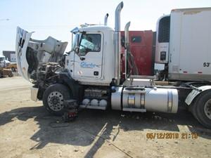 Mack CXU613 - Salvage CXU6373