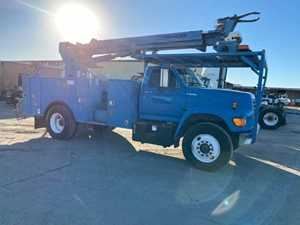 Ford F800 - Complete 77
