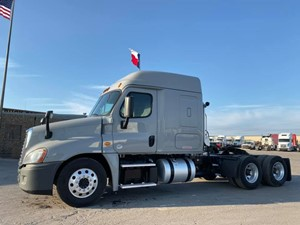 Freightliner Cascadia 125 - Complete 68