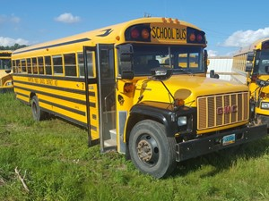 GMC B7000 - Complete 11031
