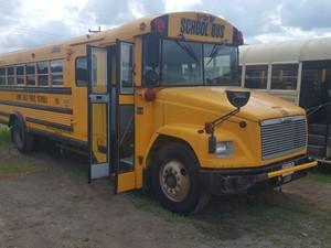 Freightliner FS65 - Complete 41034