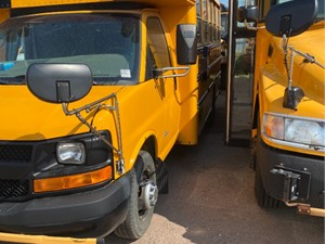 Chevrolet Express - Complete 49020
