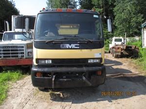 GMC T7500 - Salvage GMC98-1393-CT