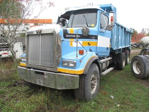 Western Star 4900FA - Salvage WES02-1714-CTP