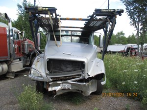 Freightliner COLUMBIA - Salvage FRE1382-CT