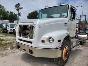 Freightliner FL112 - Salvage 87