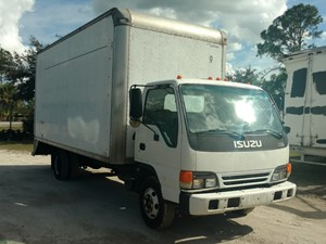 Isuzu NPR-HD - Salvage 16