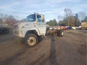 Ford LN8000 - Salvage 1343