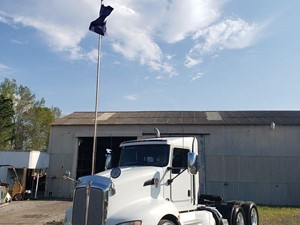 Kenworth T600 - Salvage 1061