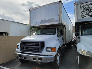 Ford F-650 - Salvage 1302
