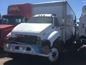 GMC C6500 - Salvage 1123