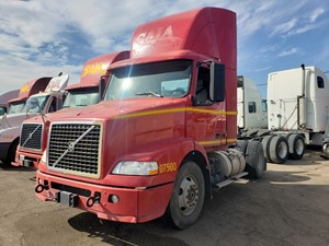 Volvo VNM - Salvage 1107