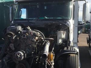 Freightliner COLUMBIA 120 - Salvage 1005