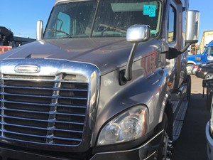 Freightliner Cascadia 125 - Complete 1019