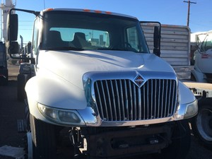 International DuraStar 4300 - Complete 1049