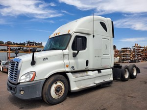 Freightliner Cascadia 125 - Salvage 1240