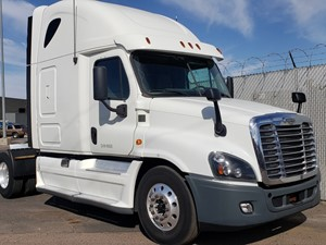 Freightliner Cascadia 125 - Salvage 1141