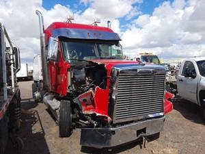 Freightliner Coronado 12 - Salvage 1305