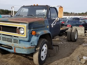 Salvage Heavy Duty Chevrolet Trucks | TPI