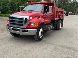 Ford F-750 - Complete 10