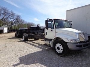 International 4300 - Complete I737