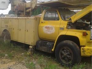 GMC C7500 - Salvage TA012
