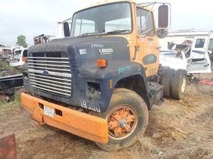 Ford LN8000 - Salvage TA058