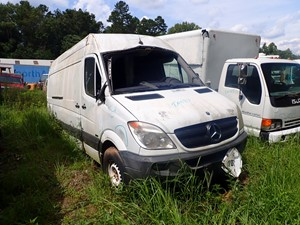 Mercedes SPRINTER 2500 - Salvage TA084