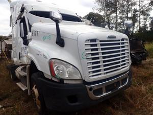 Freightliner Cascadia 125 - Salvage TA118