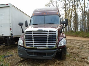 Freightliner Cascadia 125 - Salvage TA049