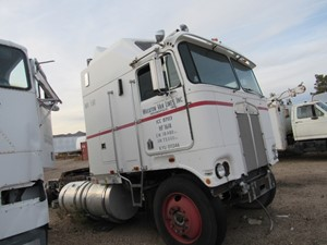 Kenworth K100 - Salvage 4