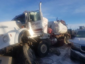 Kenworth T800 - Salvage SV-257