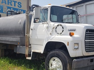 Ford 8000 - Salvage 2