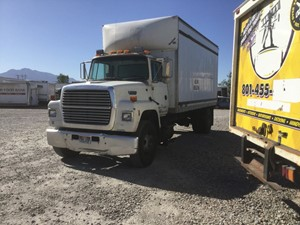 Ford LN8000 - Salvage 819