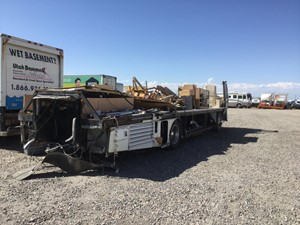 Freightliner XC Chassis - Salvage 822