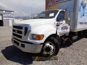 Ford F-650 - Salvage 683