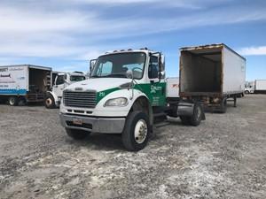 Freightliner M2 106 - Salvage 922