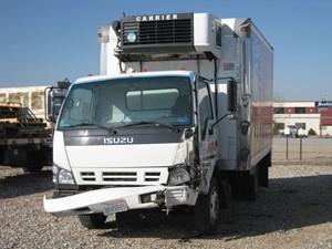 Isuzu NQR - Salvage 465