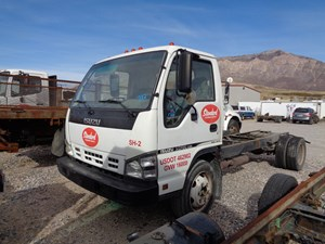 Isuzu NPR - GAS - Salvage 711