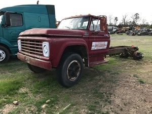 Ford F600 - Salvage 5