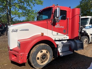 Kenworth Other - Salvage SV-370