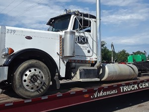 Peterbilt 379 - Salvage SV-389