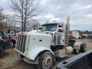 Peterbilt 388 - Salvage SV-498