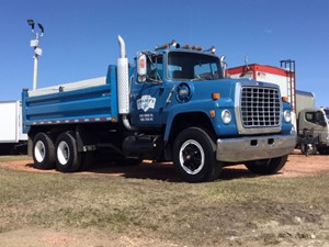 Ford L9000 - Complete L9000 GRAVEL TRUCK