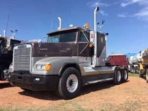 Freightliner FLD120 - Complete UV1192