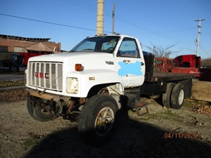 GMC C7000 Topkick - Salvage P20040