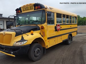 International BUS - Complete 635907