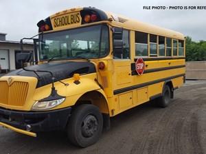 International BUS - Complete 656107