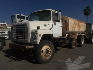 Ford LNT8000 - Salvage SV-1319