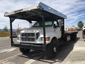 Ford F-750 - Salvage SV-1107